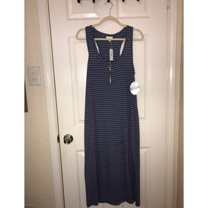 Comfy & Chic, blue and white striped maxi dress!